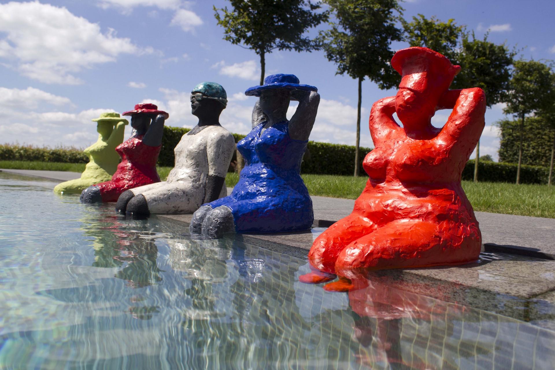 Dikke Madammen, kunst aan het zwembad
